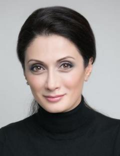 Liya Kazaryan(莉娅• 卡扎里亚恩)